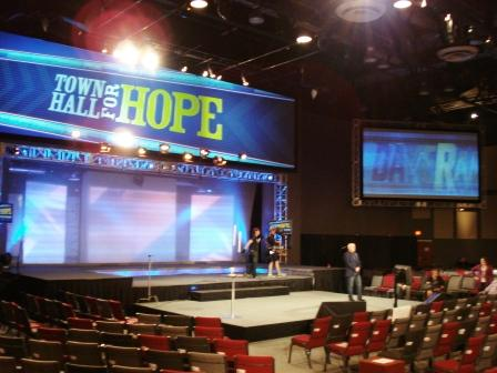 Dave Ramsey doing his sound checks.